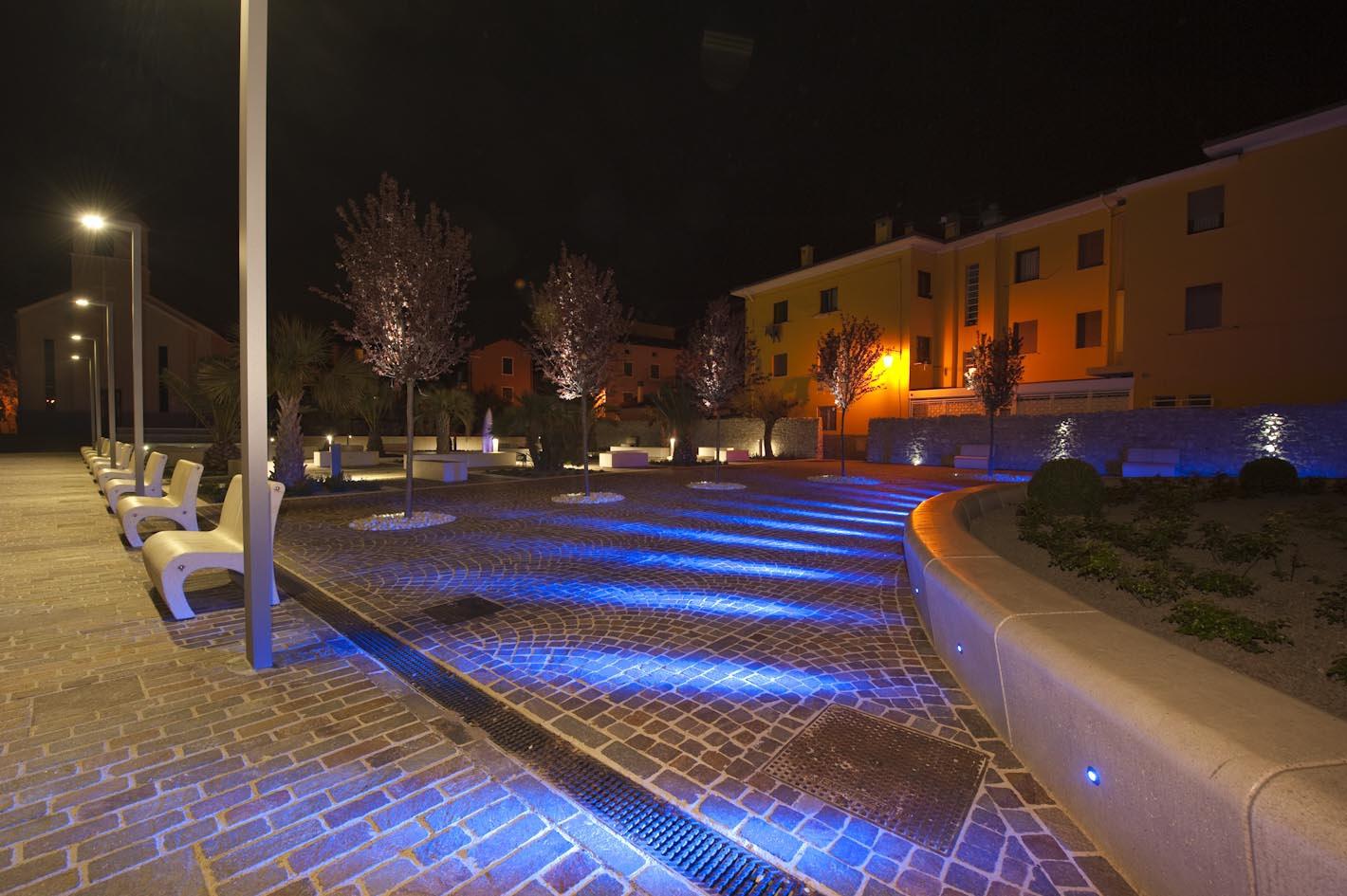 Arredo urbano torbole sul garda giovanella for Arredo urbano srl bolzano